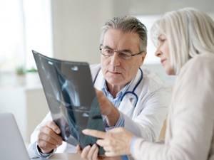 Невринома слухового нерва: симптомы, лечение и удаление