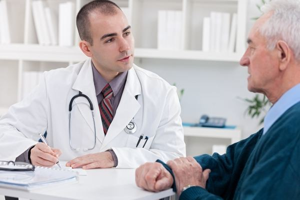 Рак пищевода: симптомы на ранних стадиях, лечение, причины, сколько живут и диагностика